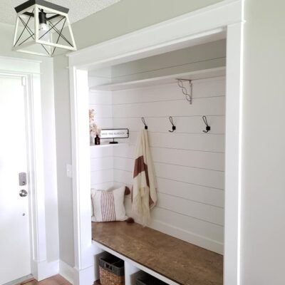 DIY Turning a Closet into a Mudroom