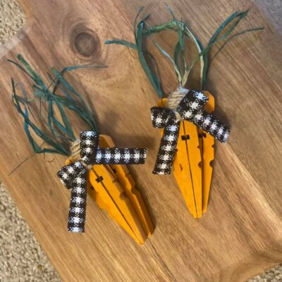 Clothespin Carrots (DIY Easter Decor)